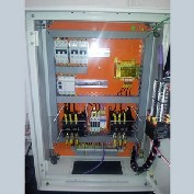 Montagem de painel elétrico para indústria química