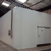 Manutenção em sistema de refrigeração